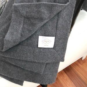 Frette cashmere throw, wonderful condition.